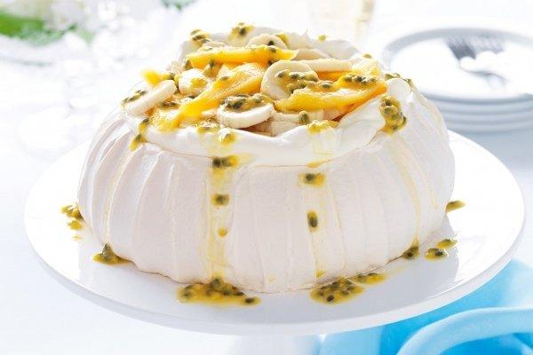 """5 интересных фактов о десерте """"Павлова"""" - новозеландском торте-безе с русским именем"""