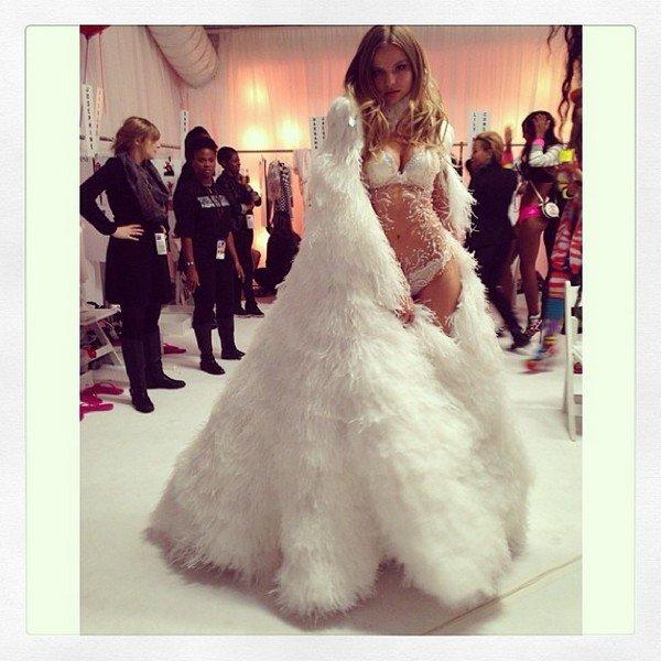 Шоу Victoria's Secret 2013: instagram-обзор самых ярких моментов бекстейджа