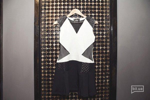 платье — 1100 грн