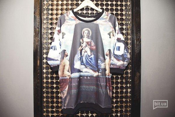 платье-топ с принтом — 1300 грн