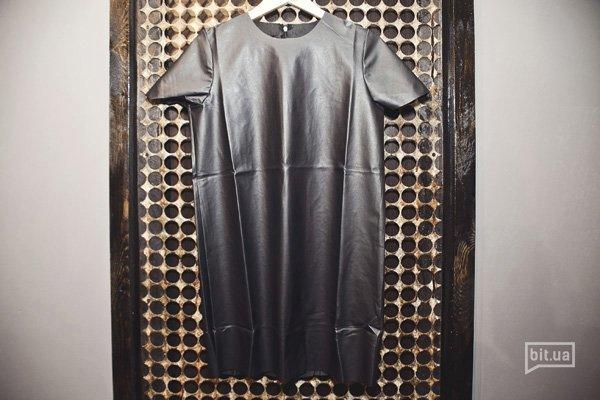 кожаное мини-платье — 1220 грн