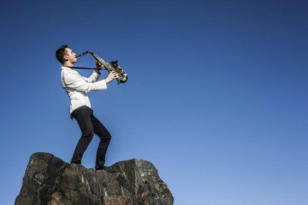 Vladymyr-Lebedev-saksofon