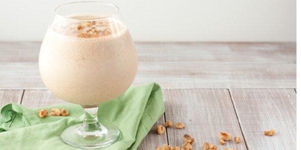 Полезные десерты: три йогурта из орехового молока