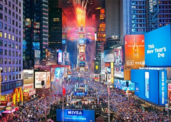 times-square-nyeve-1024x732 1