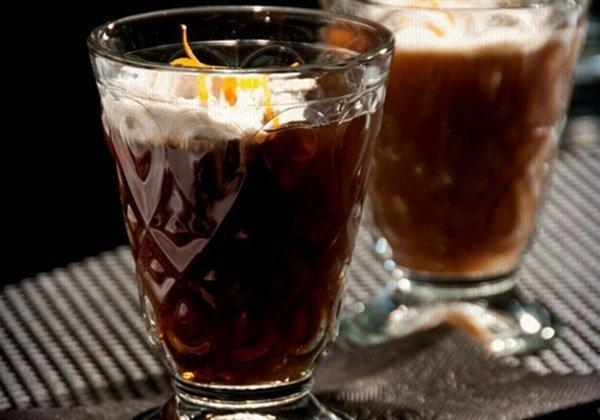 Покрепче: 10 коктейлей с коньяком и бренди