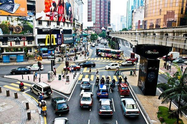 800px-Bukit_bintang_from_kl_monorail_2009 1