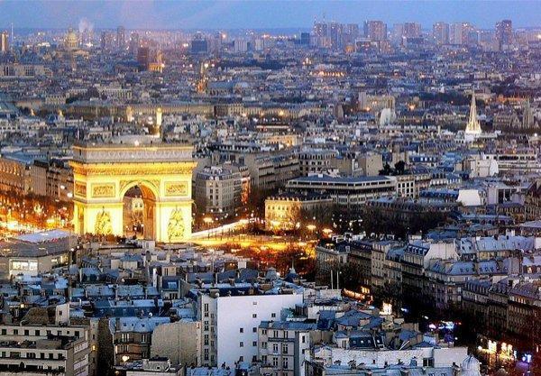 800px-Paris-0792 1