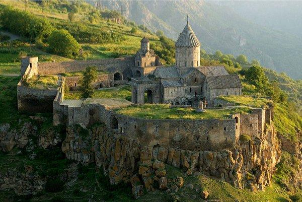 800px-Tatev_Monastery_from_a_distance 1