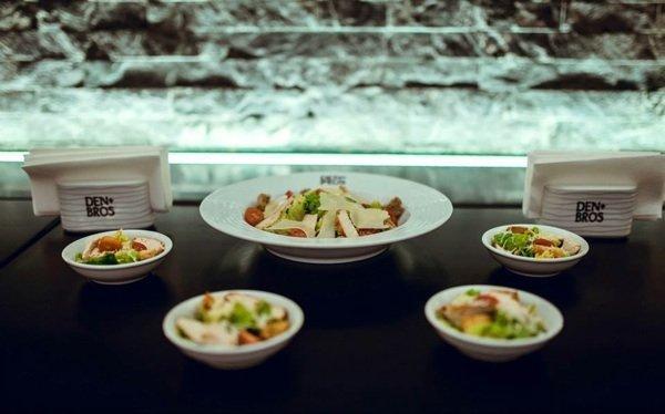 Презентация нового меню еды и коктейлей в DEN & BROS
