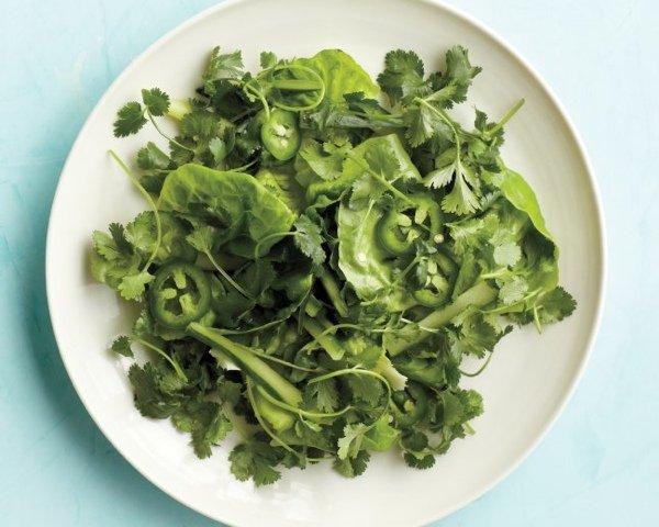 13 зимних рецептов с листовой зеленью - завтраки, салаты, пасты и закуски