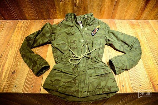 куртка Tommy Hilfiger, 1175 грн (с учетом скидки -50%)