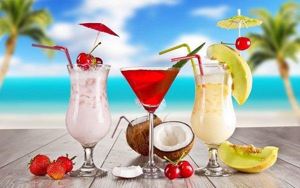 Fresh-Coconut-Umbrella-Drink-Wallpaper