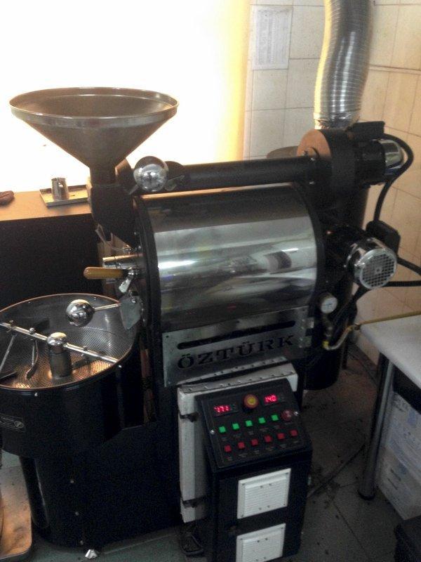 О руках, от которых зависит вкус готового кофе - об обжарщике и процессе