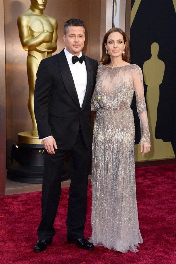 Бред Питт и Анджелина Джоли в платье Elie Saab