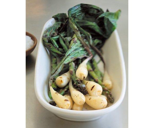 7 весенних рецептов с черемшой, зеленым луком и молодым чесноком