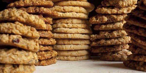 5 рецептов постных десертов - карамельные яблоки, печенье, банановый хлеб, маффины и мусс фисташки-авокадо