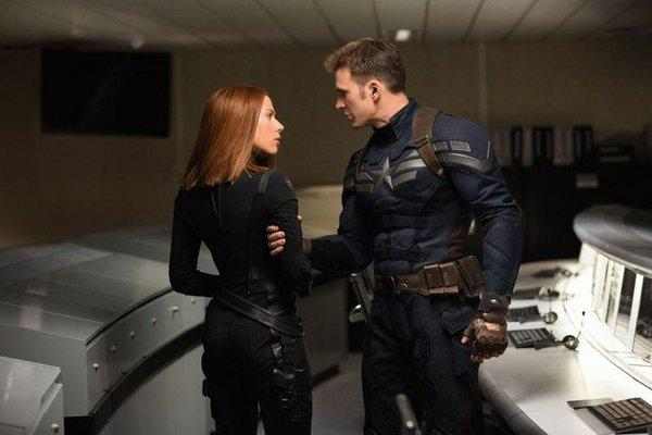 Captain_America_The_Winter_Soldier_Cap_And_Black_Widow__scaled_600