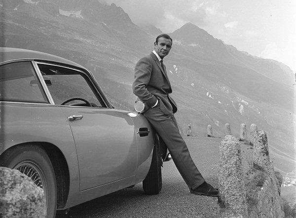 Connery-Aston-DB5-Alps