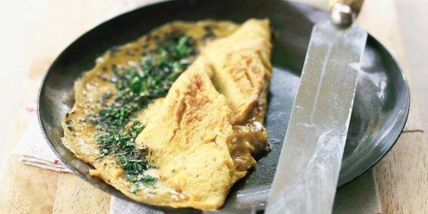 10 идей омлетов на завтрак