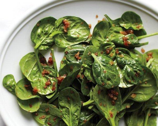 Новые идеи весенних салатов