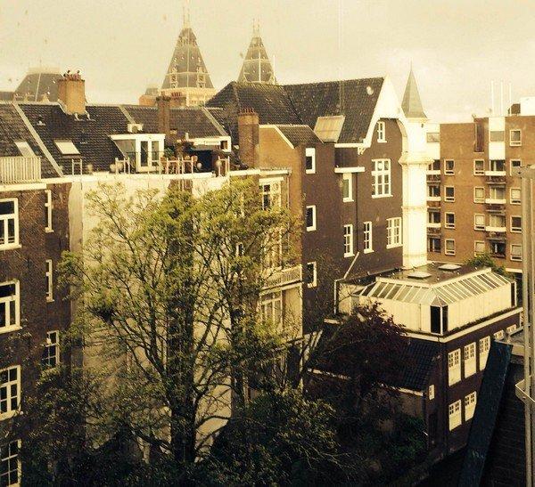 Амстердам, вид из окна офиса