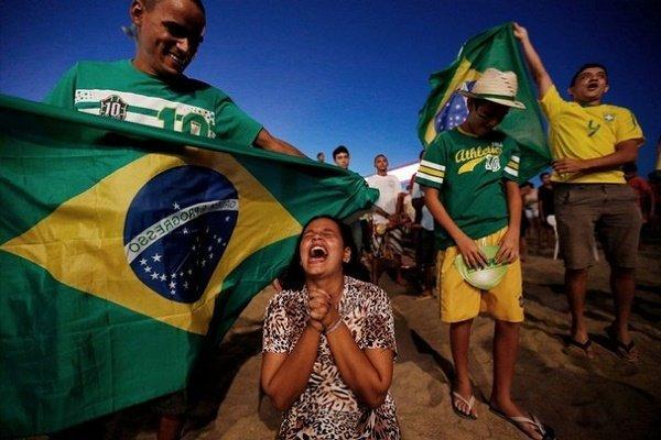 Brazil_Soccer_Confed_Cu(6)_t607