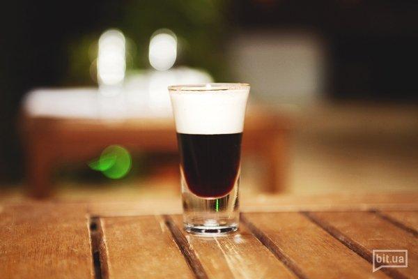 Tiramisu — Калуа, черная смородина, ликер, сливки, корица