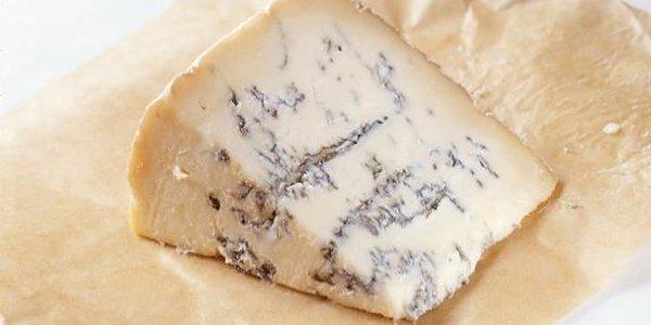 Гастрономический ликбез: что за сыр горгонзола и три рецепта с ним