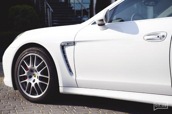 Porsche Panamera Turbo и Вова Петров