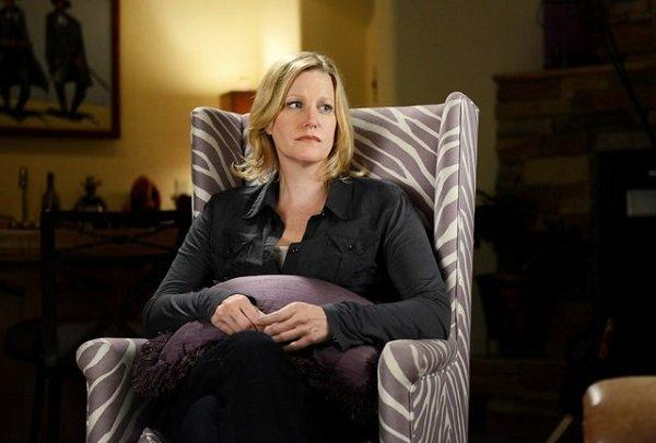 anna-gunn-defends-her-breaking-bad-character-against-viewers-hatred