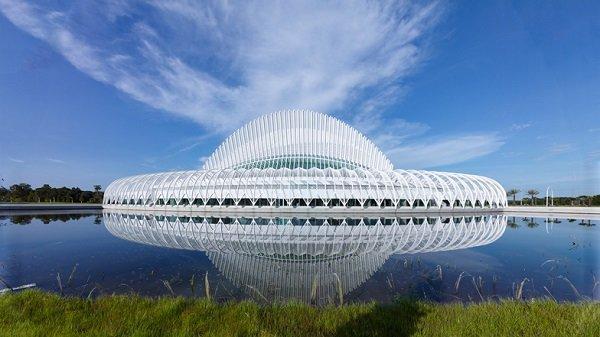 florida-polytechnic-university-by-santiago-calatrava_dezeen_ban