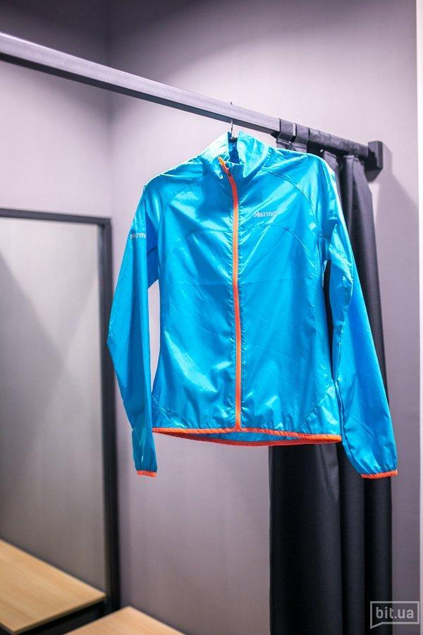 Женская куртка Marmot, 950 грн.