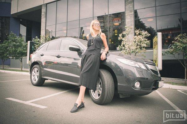 Виктория Копотилова и Acura RDX