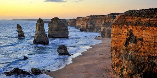 along-the-beautiful-great-ocean-road-in-australia-you-can-find-the-famous-limestone-stacks-called-the-twelve-apostles-whale-lookouts-rain-forests-and-beautiful-national-parks