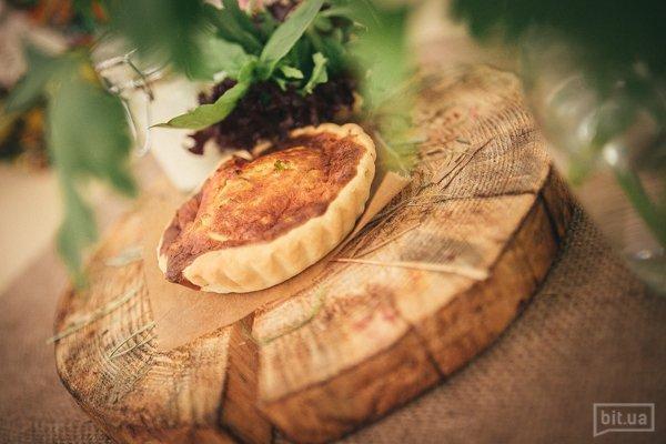 Пирог с луком-порей и нежным сырным соусом 150/50 69грн