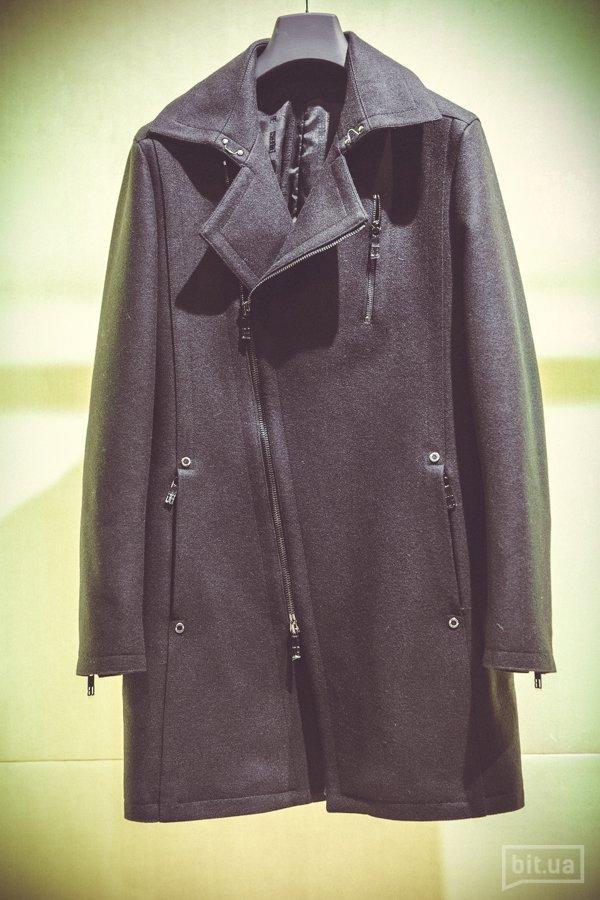 Пальто — 18 050 грн.