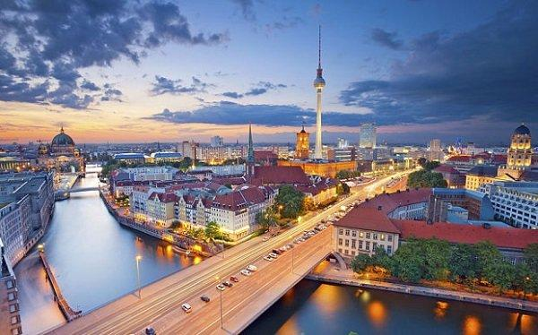 berlin_3106509b (1)
