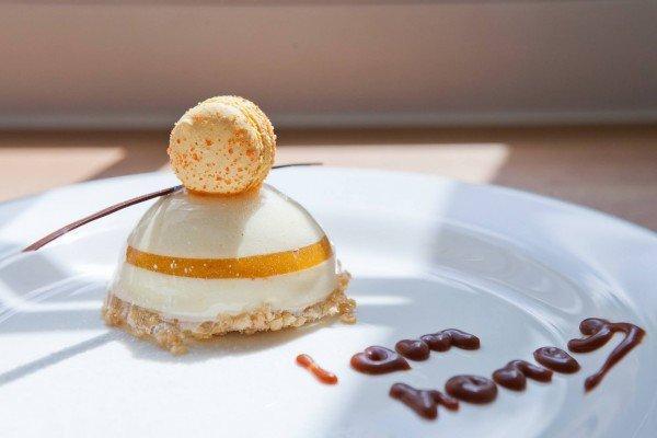 Honey - медовый баваруаз, облепиховое кнфи - 55 грн