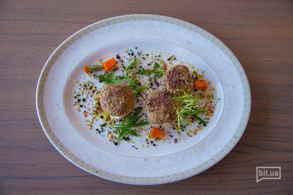 Лесная закуска - паштет из кролика и сельдереевого пюре на сливочной основе - 140 гр, 93 грн
