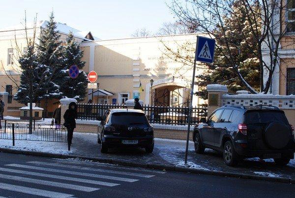 Леси Украинки 24б (2)