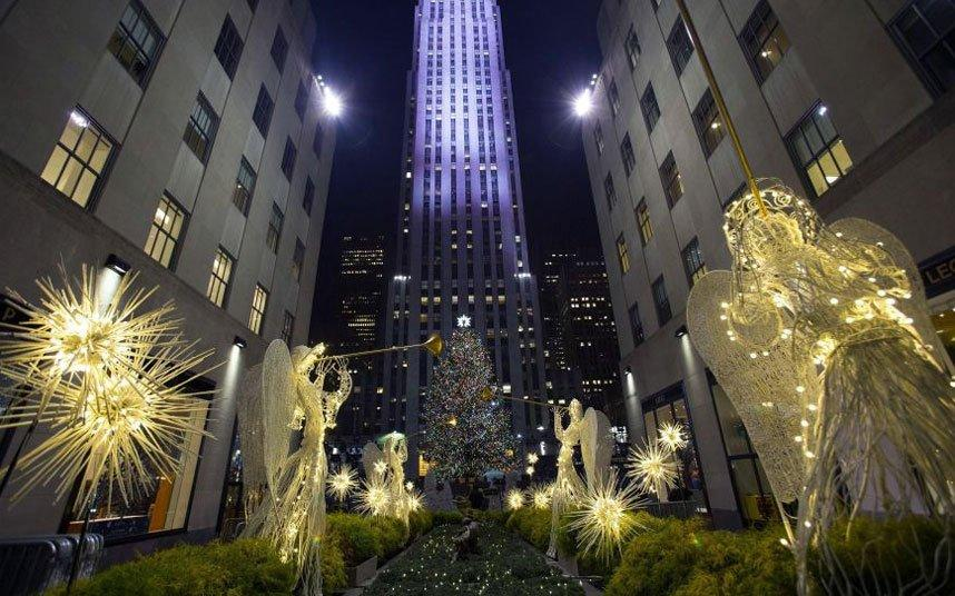 Скромная нью-йоркская красавица со звездой из 25000 кристаллов Сваровски.
