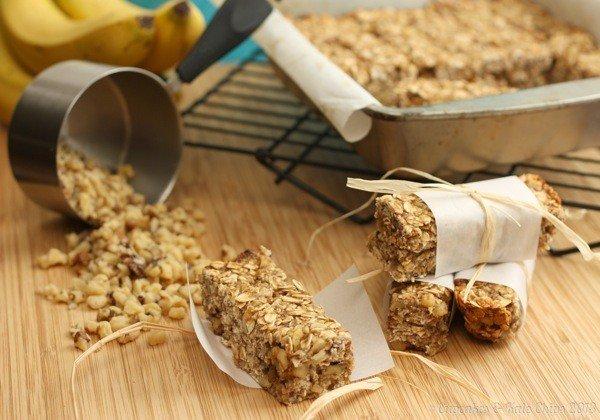 Banana-Nut-Bread-Granola-Bars-Cupcakes-Kale-Chips-2013-2-wm