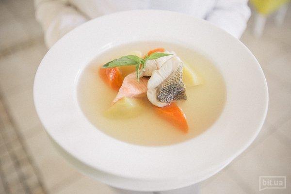 "суп ""Три лета"" с 3 видами рыбы - 250 гр, 69 грн"