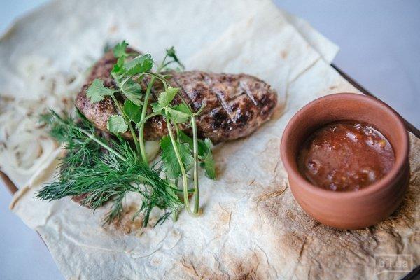 Люля-кебаб из баранины с копченым сулугуни — 160 гр, 155 грн