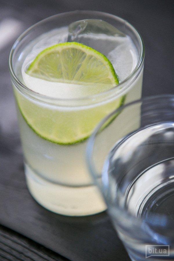 Tommy's Margarita : сироп агавы, лаймовый фреш, текила - 100 грн