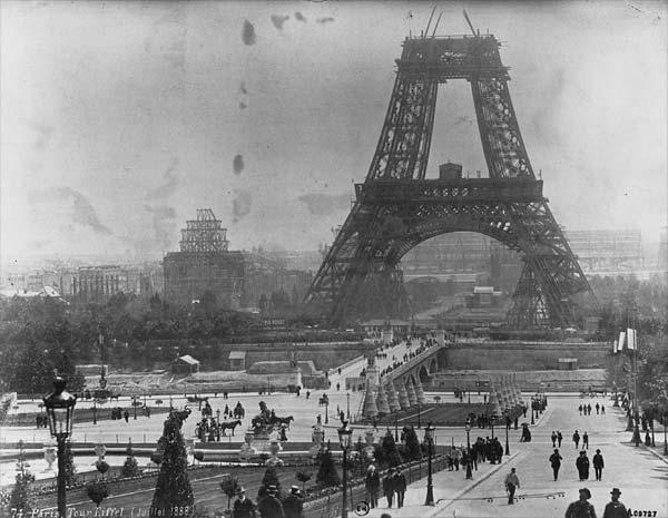 006-Tour_Eiffel_1878