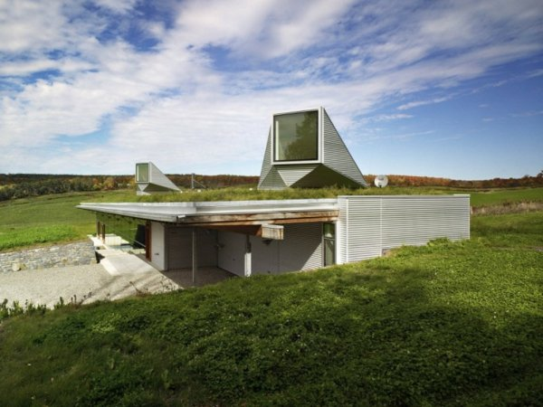 sustainable-architecture-house-InCanada