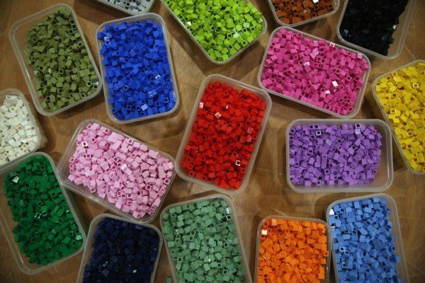 1442843339-1442601775-lego-waste-molds