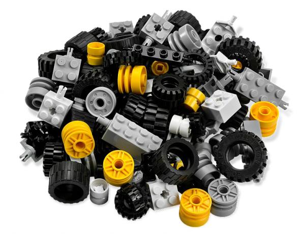 1442843381-1442600697-lego-wheels