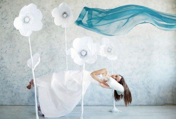 54fec426cb050-ghk-woman-dreaming-xln